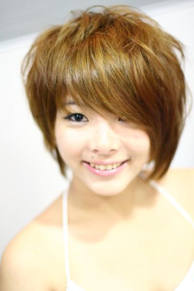 尚洋benny2009-2010流行髮型髮色 短中髮3