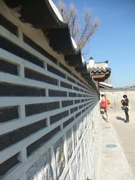 圍牆.bmp