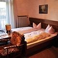 Hotel.Wittelsbachroom.JPG
