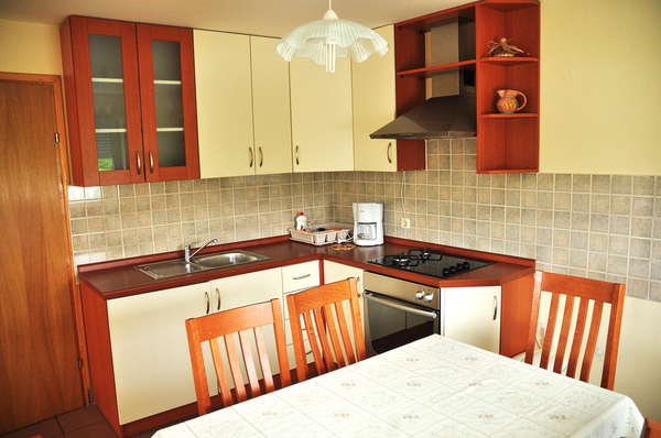 House Franjković kitchen.JPG