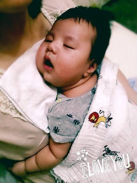 2M20D 寶寶睡覺睡過夜