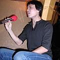 唱歌就是要坐高高啦