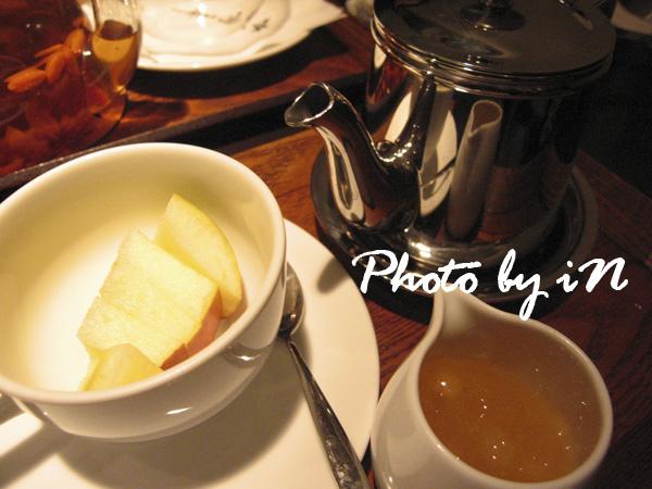 咖啡弄一弄_ 鮮果茶.JPG