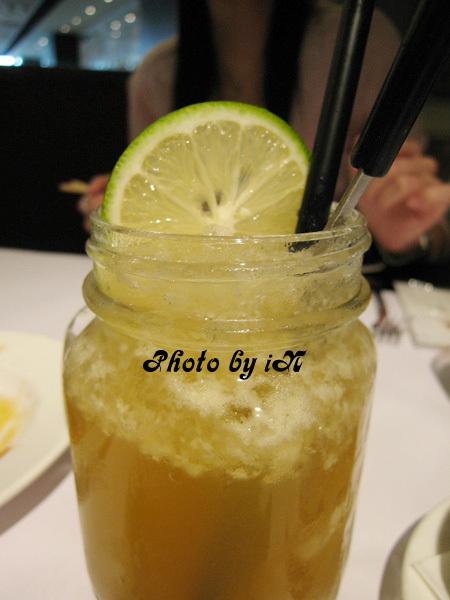 瓦城_多C檸檬綠茶.JPG