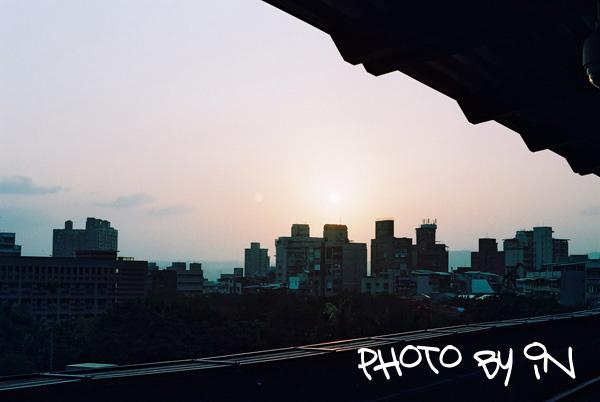 Canon FTb_F1000021_新北投捷運站月台邊.JPG