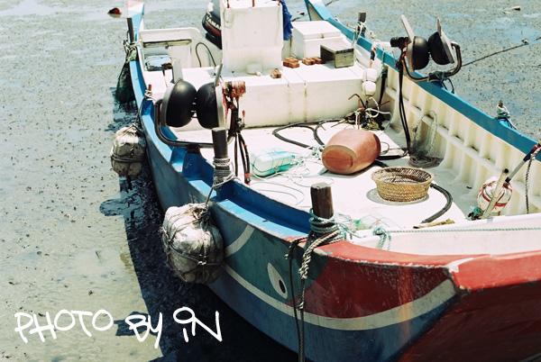 Canon FTb_F1000012_淡水小漁船.JPG