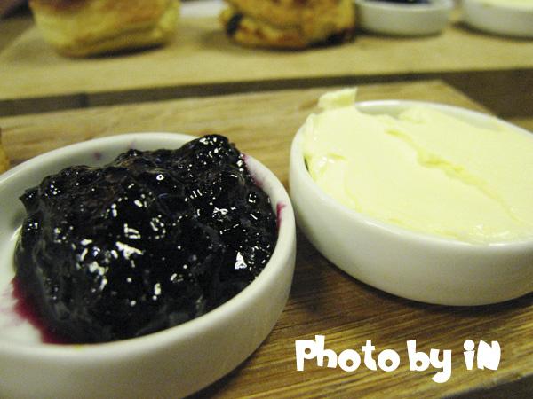 smith&shu_藍梅果醬+奶油.JPG