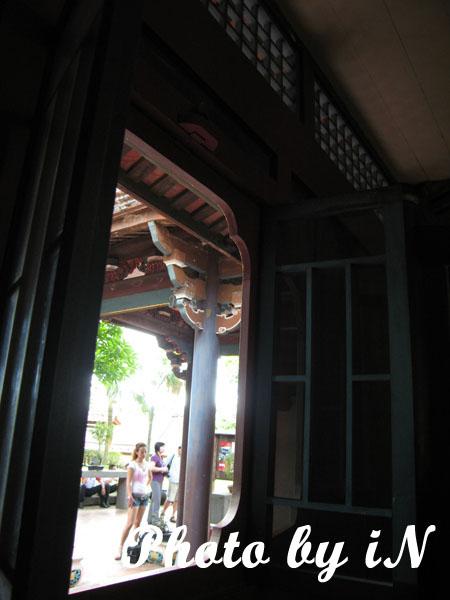 板橋林家_窗內與窗外.JPG