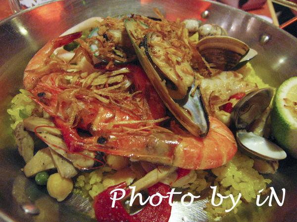 西班牙海鮮鍋飯.JPG