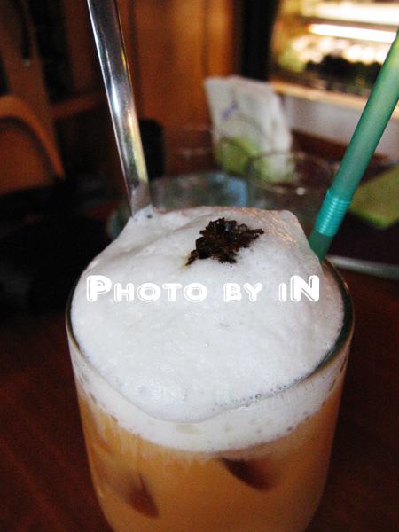 Tea Time@兔子聽音樂_冰咖啡_特寫.JPG