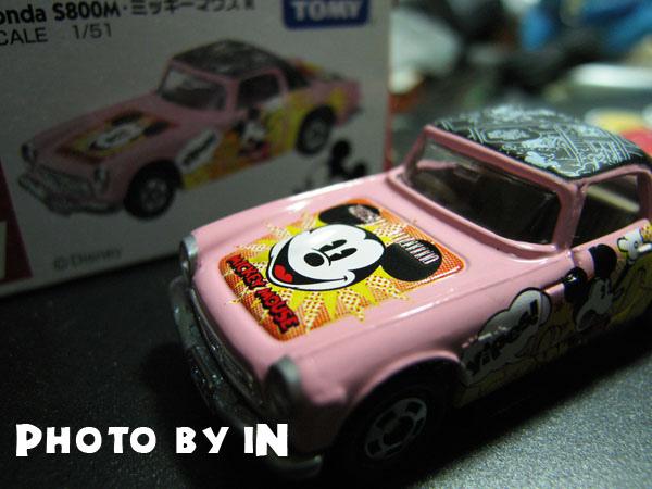 米奇粉紅復古跑車.JPG