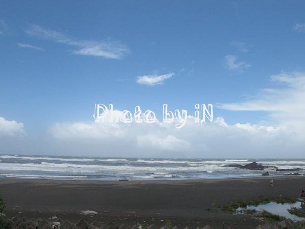 皇宮邊的沙灘之二.JPG