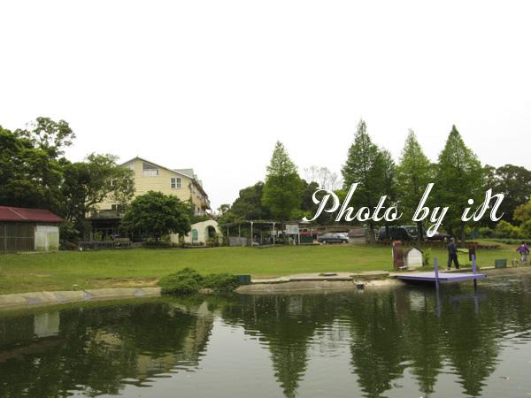 富田花園農場_湖.JPG
