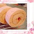 草莓乳酪捲-1
