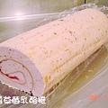 玫瑰草莓乳酪捲-1