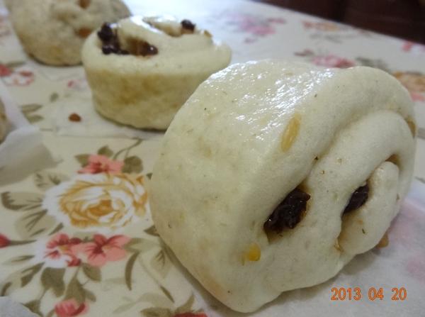 燕麥堅果葡萄乾饅頭-5