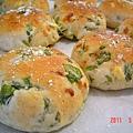 菠菜地瓜麵包(另一角度)