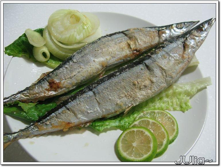 烤秋刀魚 (2).jpg