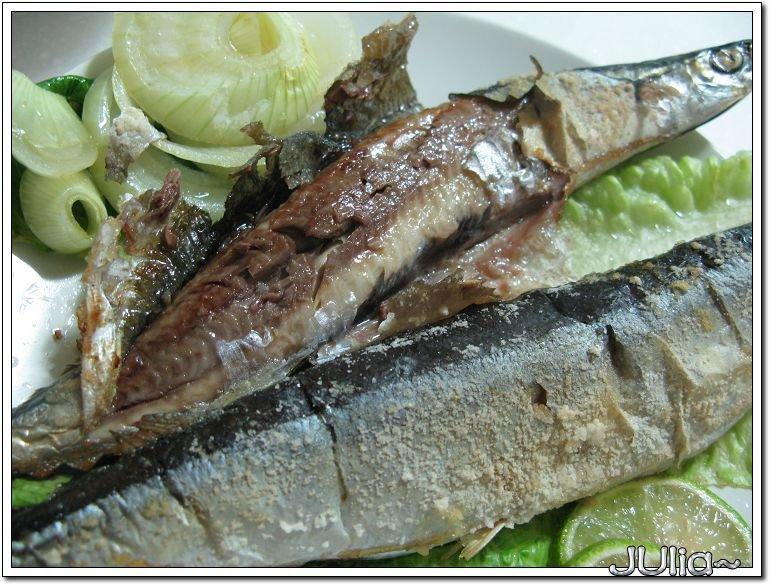 烤秋刀魚 (3).jpg