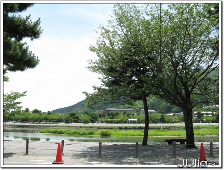(嵐山)渡月橋,商店街。 (3).jpg
