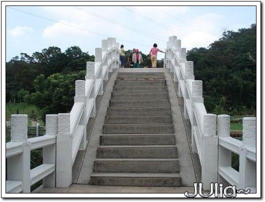070529慈湖那麼大,銅像那麼多! (8).jpg