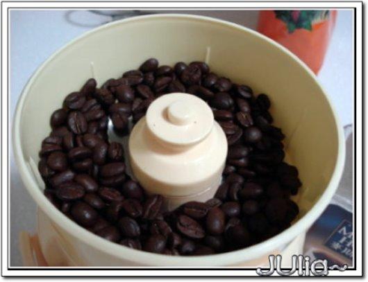 070228用貴婦人磨咖啡豆 (2).jpg