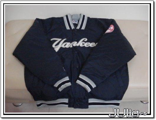 NewYork Yankees Satin Premiere Jacket (2).jpg