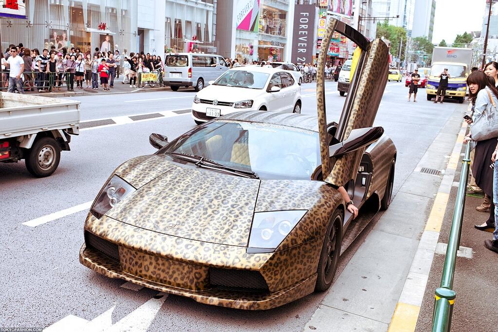 Leopard-Print-Lamborghini-Murcielago-2