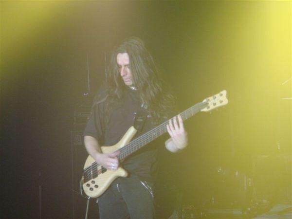 06-Bass手 Cristiano Bertocchi