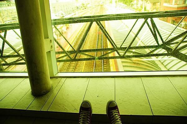 我和我的帆布鞋,在斗六火車站