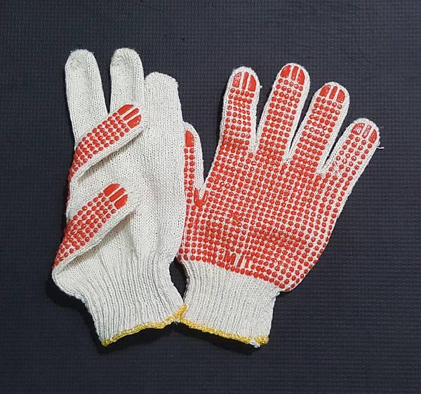 防滑工作手套(不要用這種的)