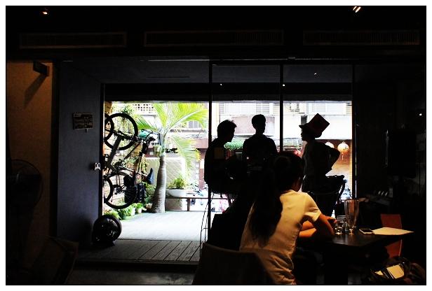 蛙咖啡松江店-10.jpg