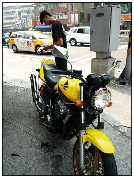 20121109moto-01