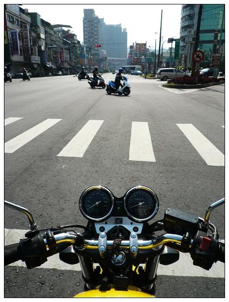 20121109moto-03
