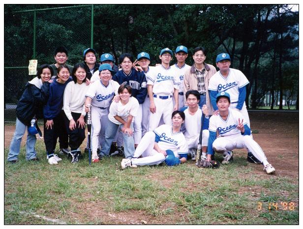 大學壘球-01.jpg