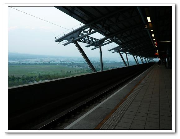 高鐵台中站08.jpg