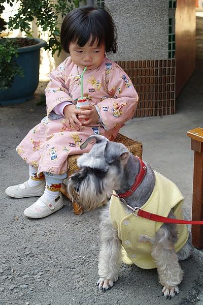 小羽-057看甜甜喝多多.jpg