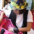 萬用包包又出現了,這次是粉紅色
