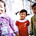 一群要去翠湖很興奮的小朋友,我說我要幫他們拍照