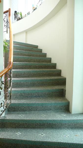 我很喜歡這個樓梯的設計