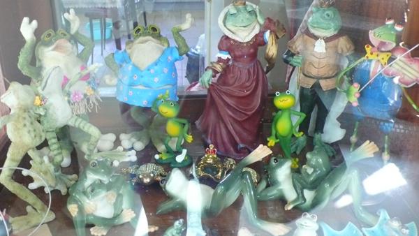 好多青蛙擺設