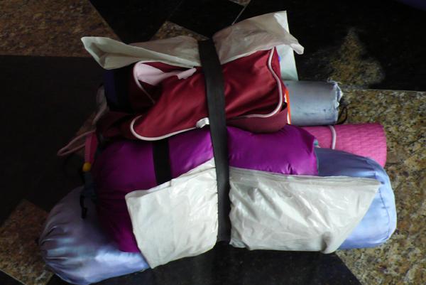 帳篷睡袋等有的沒的  有這麼多