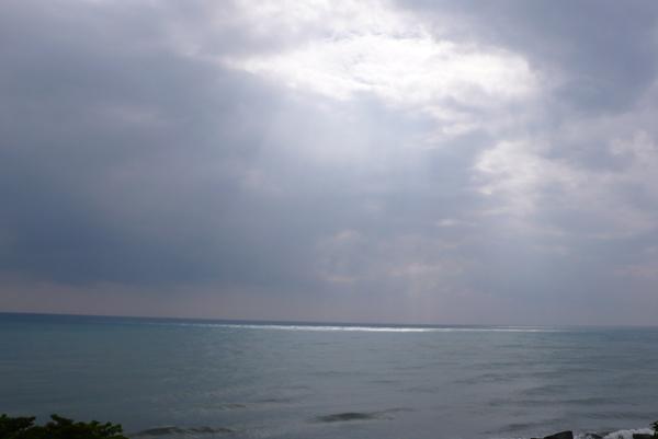 曙光從天而降  有一種神要降臨的感覺