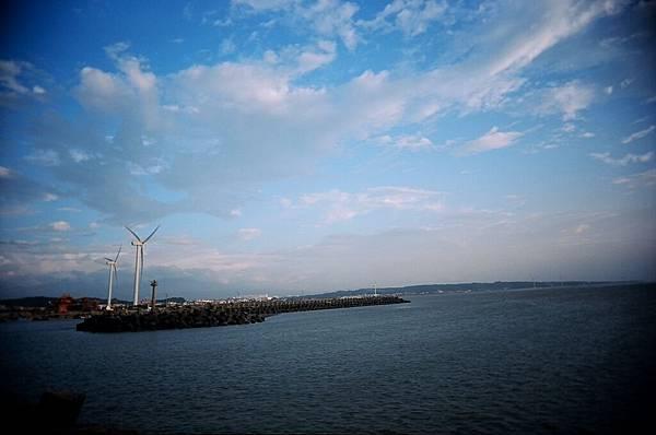 遠方大風車