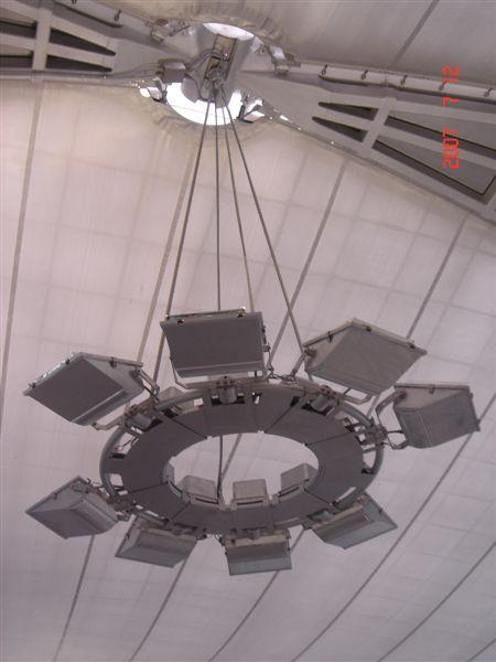 曼谷機場飛碟燈
