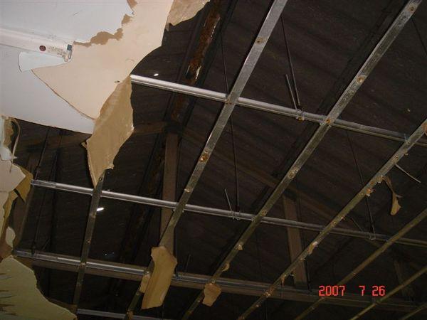 破的天花板