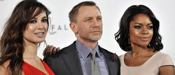 Daniel Craig, Naomie Harris(right) & Berenice Marlohe(left)