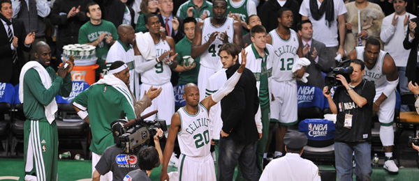 Ray Allen Sets New 3-Point Standard in Special Night at TD Garden