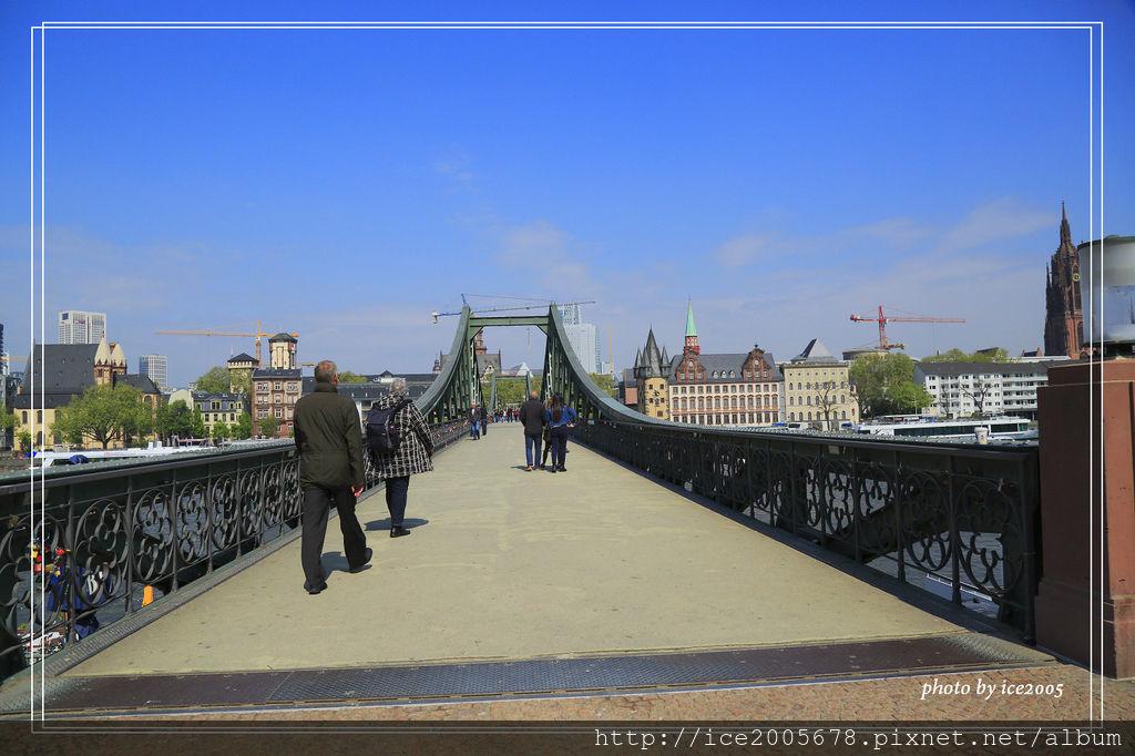 2017-Europe A_042117_2137.jpg
