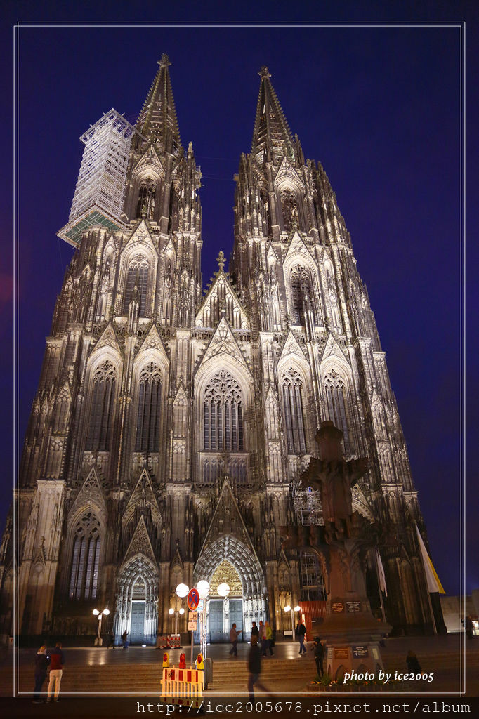 2017-Europe A_042517_1955.jpg